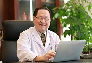徐克成 主任医师 教授 博士生导师 荣誉院长